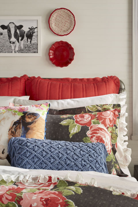 The Pioneer Woman Ree Drummond Is Launching A Bedding