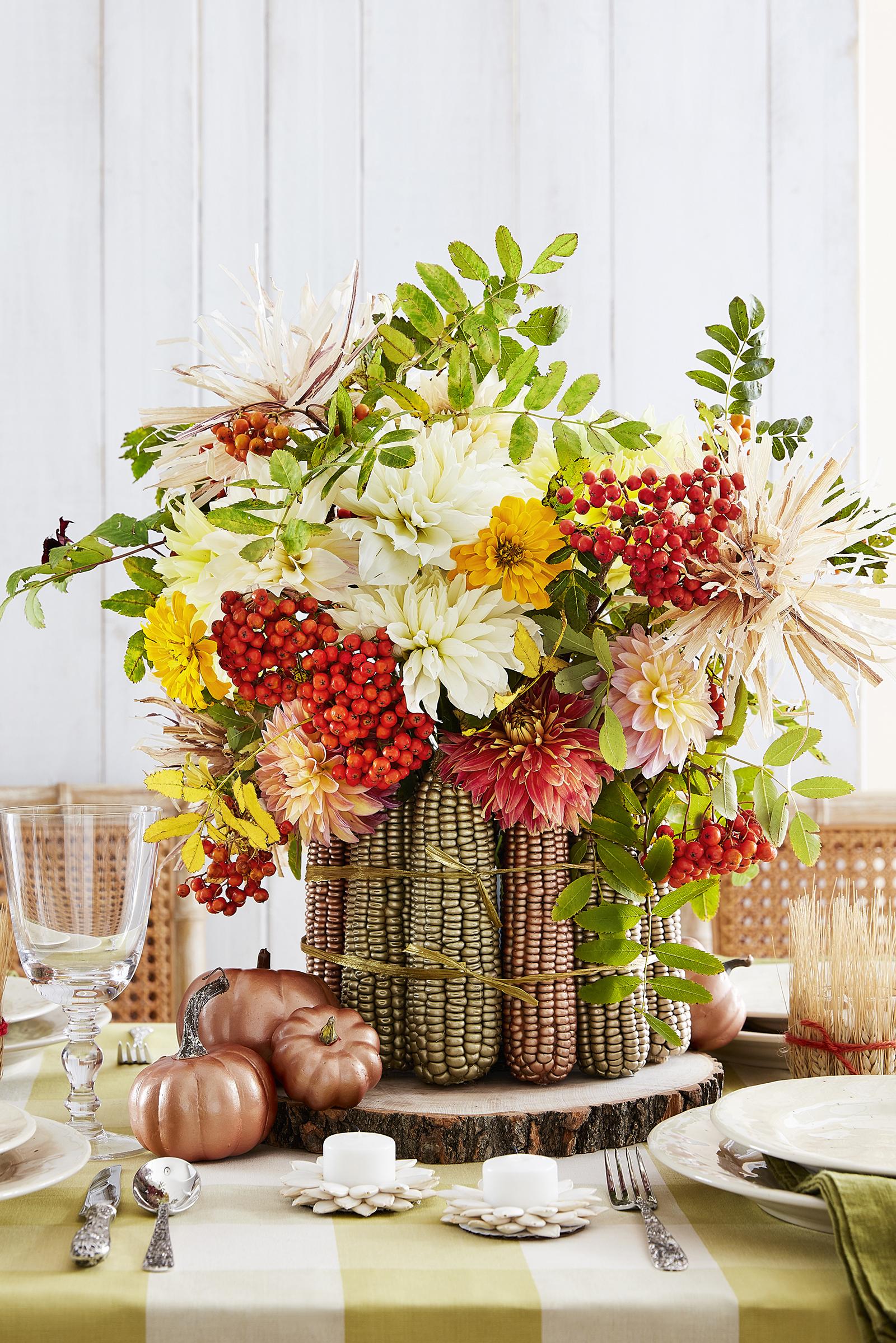38 Fall Table Centerpieces - Autumn Centerpiece Ideas