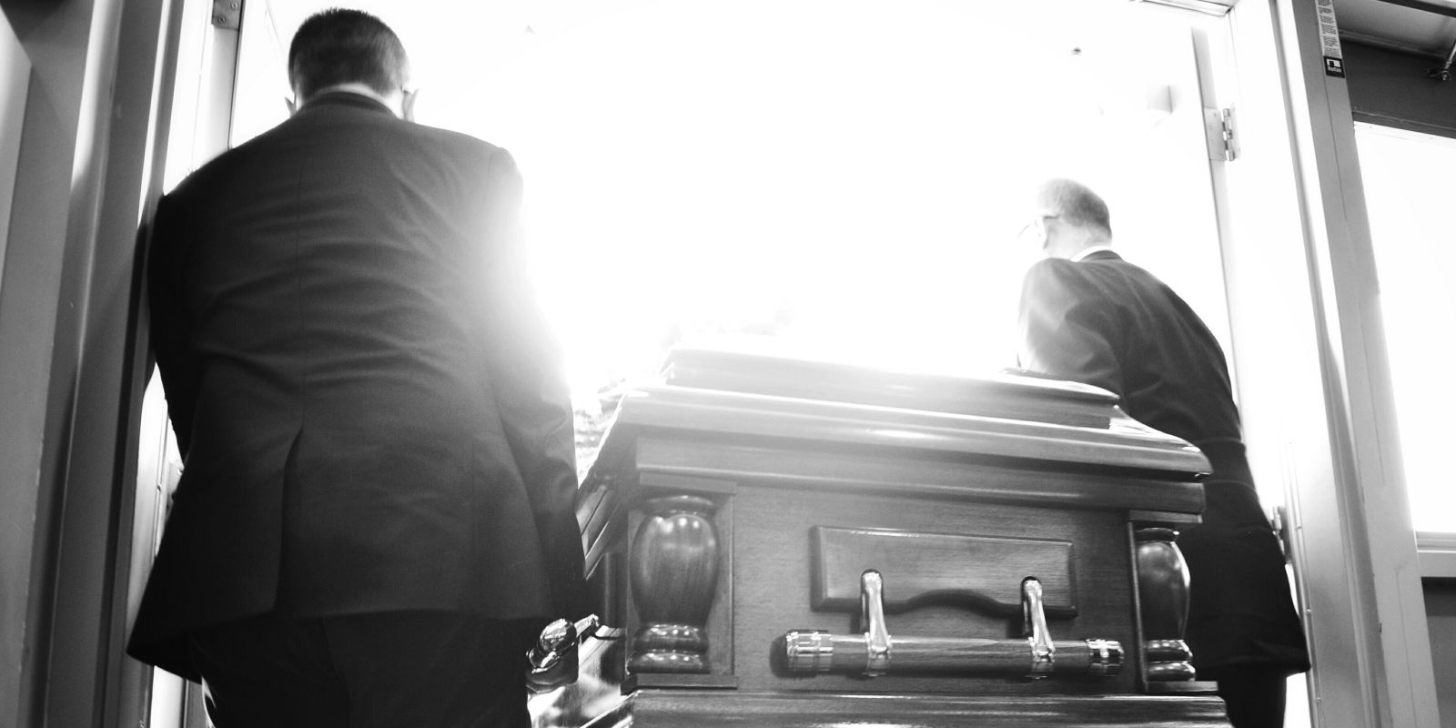 What A Funeral Director Wants You To Know