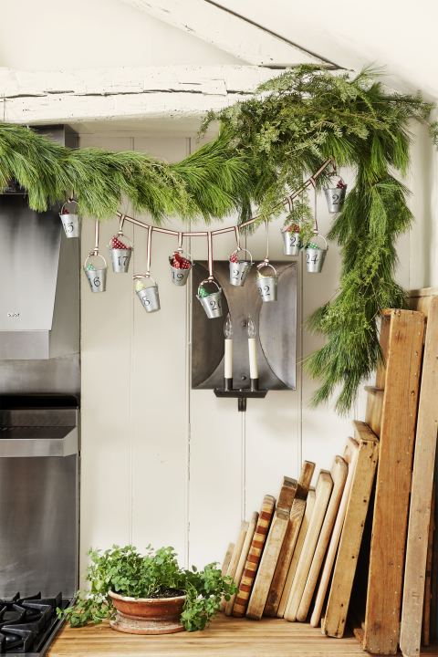 60 Best Christmas Garland Ideas Decorating With Holiday