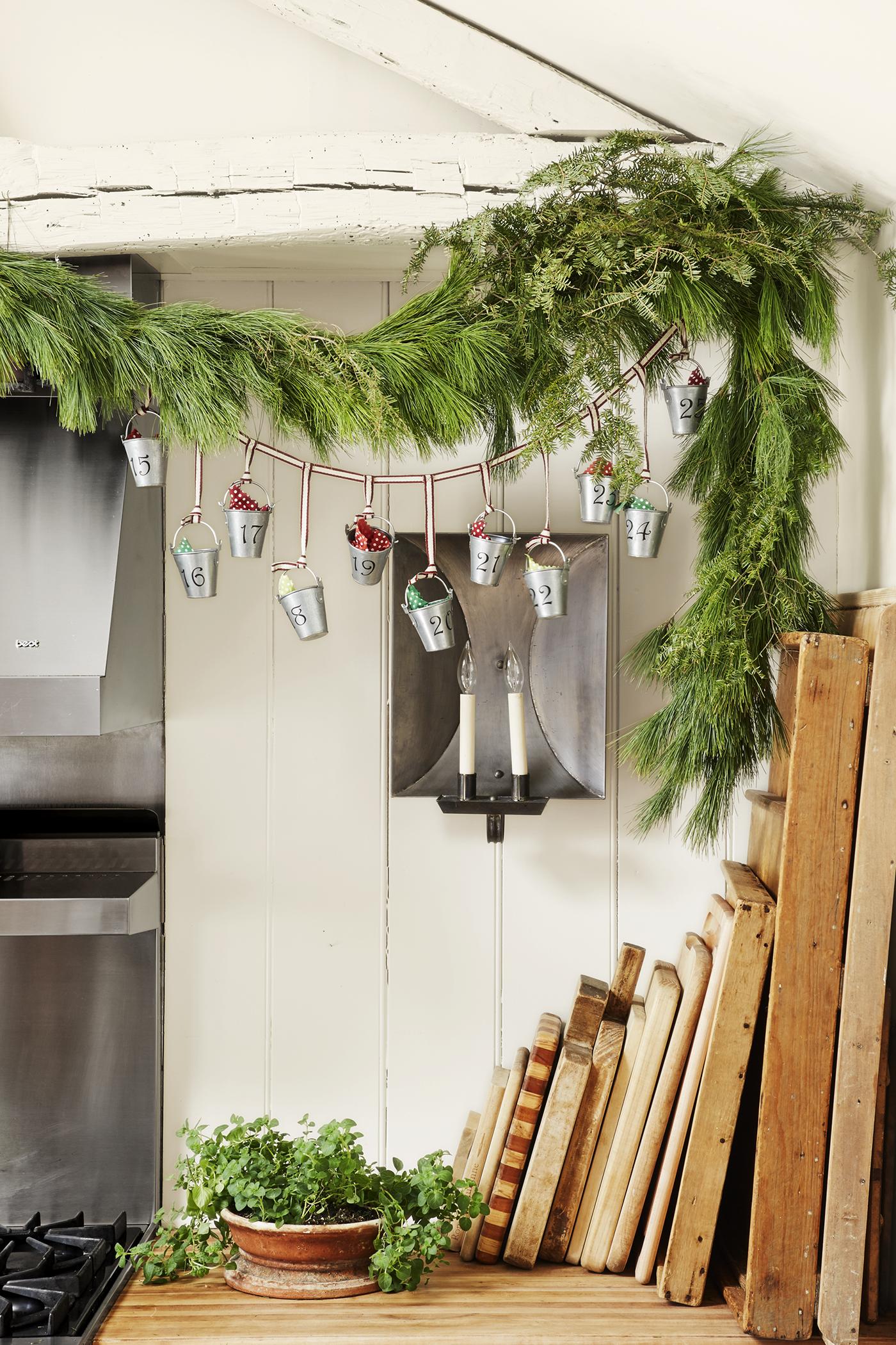33 DIY Advent Calendar Ideas - Homemade Christmas Advent ...