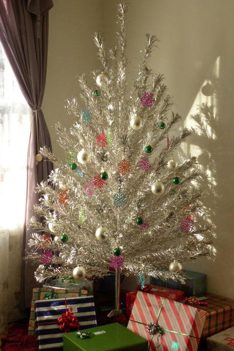 vintage aluminum christmas tree - Vintage Christmas Trees