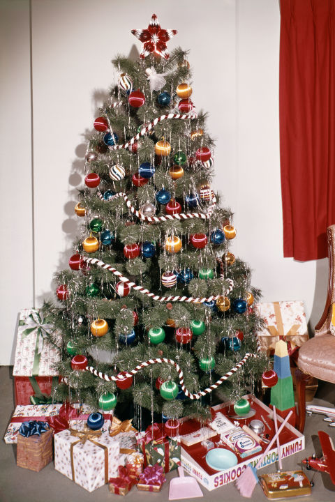 60s Christmas Tree Part - 15: Vintage Christmas Tree With Tinsel