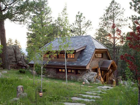 Look inside this tiny mountain home small cottages for Mountain home builders colorado