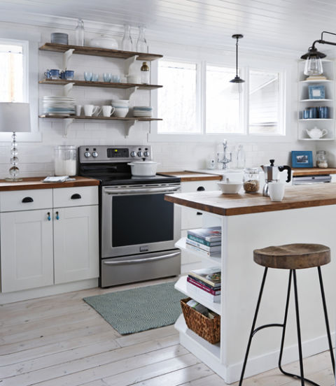 Tiny House Kitchen With Island: Natural Mommie Tiny Farmhouse