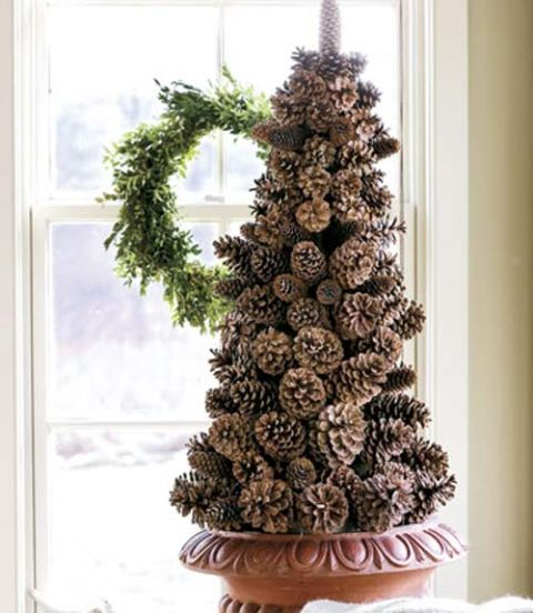 Pinterest Pine Cone Crafts 18 Holiday Pine Cone Crafts