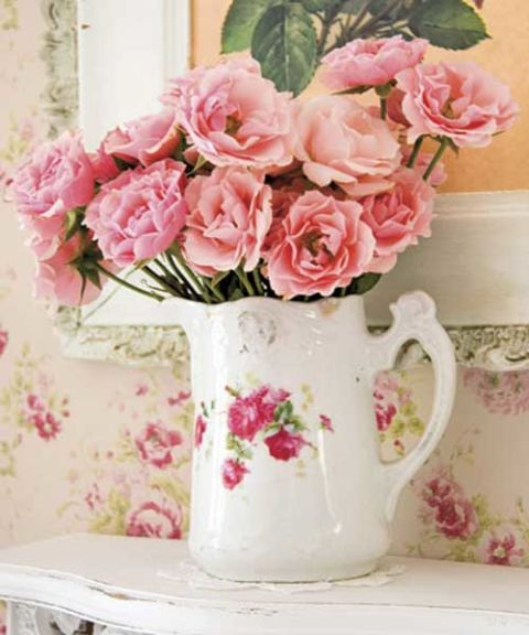 Rose patterned home decor for Rose home decorations