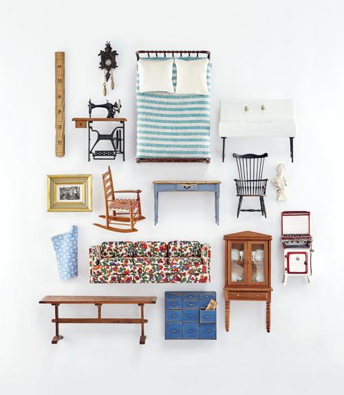 . Antique Dollhouses   Dollhouse Furniture
