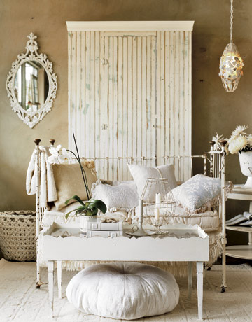 decorating with white layering of neutrals