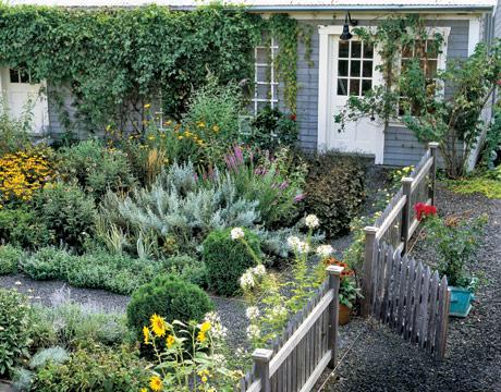 Cloistered garden tour for Country vegetable garden ideas