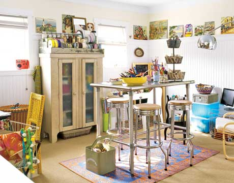 Craft room ideas and designs craft room decorating ideas for Building a craft room