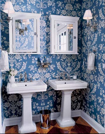 Country style bathrooms country bathroom decor for Bathroom decorating ideas wallpaper