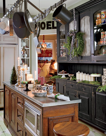 Black And White Country Kitchen black country kitchen cabinets video and photos | madlonsbigbear