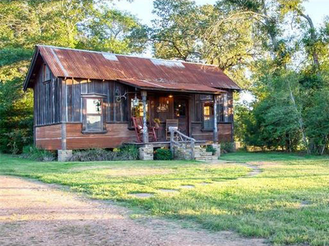 look inside this tiny texas lake home tiny houses for sale - Small Cabins For Sale