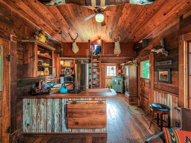 look inside this tiny texas lake home tiny houses for sale - Inside Of Tiny Houses