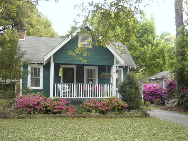 Tiny Houses For Sale In America Real Estate Listings - Pictures of small country homes