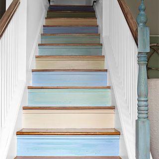 Fabulous Hgtv Sarah Richardson Cottage Makeover Sarahs House Home Largest Home Design Picture Inspirations Pitcheantrous