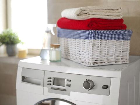 washing machine leaving clothes soaking