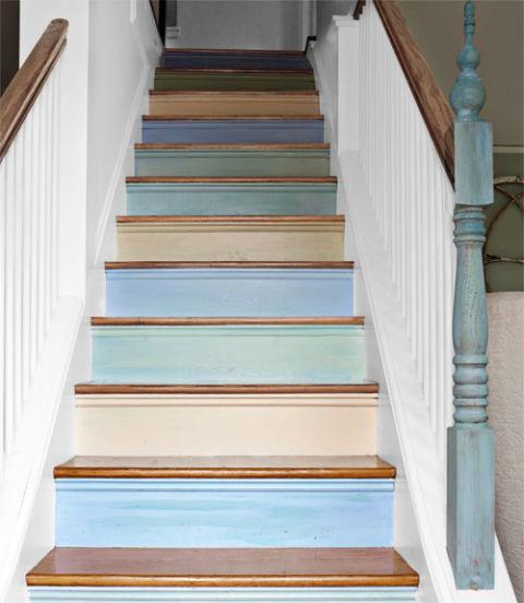 54eb4e193f0b6   0611 teague stairs xl Trang trí cầu thang sáng tạo đơn giản cho ngôi nhà thêm xinh