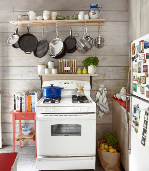 Small cabin decorating ideas rustic cabin decor for Country living kitchen designs