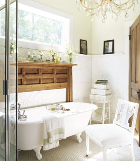 22 White Bathrooms - Decorating with White for Bathrooms