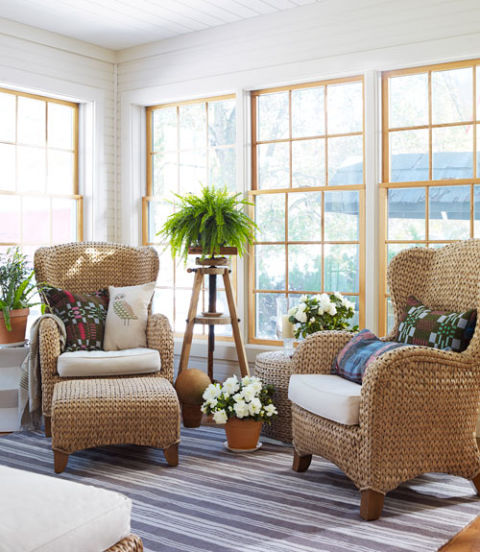 Designer tracy reese 39 s home budget decorating ideas Comfortable sunroom furniture