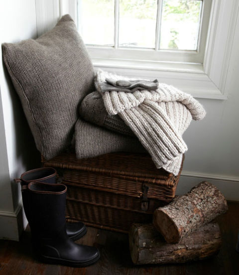 Fun And Bright Living Room Color Ideas Wrapping Comfort: How To Make A Cozy Room
