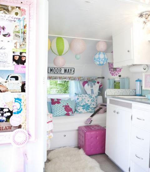 chic and girlie trailer - Camper Design Ideas