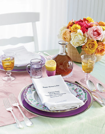 Pretty mothers day napkin and place setting