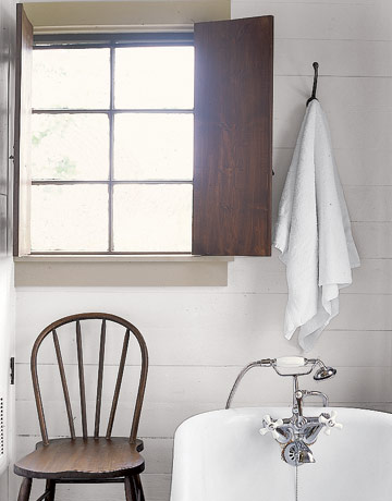 37 rustic bathroom decor ideas rustic modern bathroom for Country living house plans you can buy