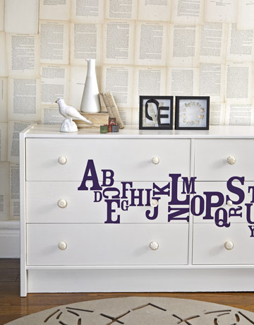 Painting a Dresser   Furniture Makeover