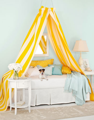 Captivating Yellow And White Canopy Bed