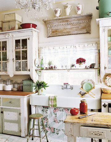 12 shabby chic kitchen ideas decor and furniture for for Vintage kitchen designs photos