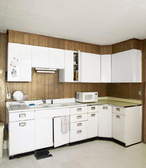 kitchen before makeover - Cheap Kitchen Makeover Ideas