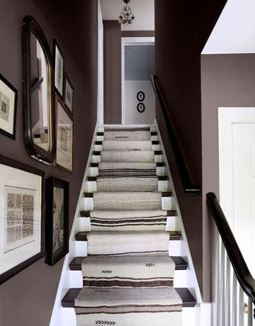 54eb0f41385ce   stairway history 1109 de Trang trí cầu thang sáng tạo đơn giản cho ngôi nhà thêm xinh