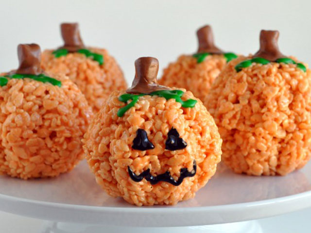 31 halloween snacks for kids recipes for childrens halloween snack foods - Halloween Trets