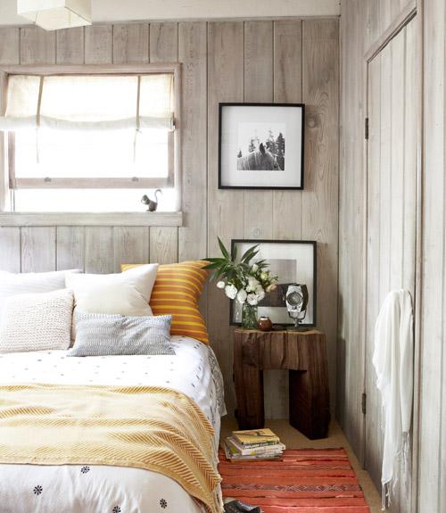 Small Cabin Decorating Ideas - Rustic Cabin Decor