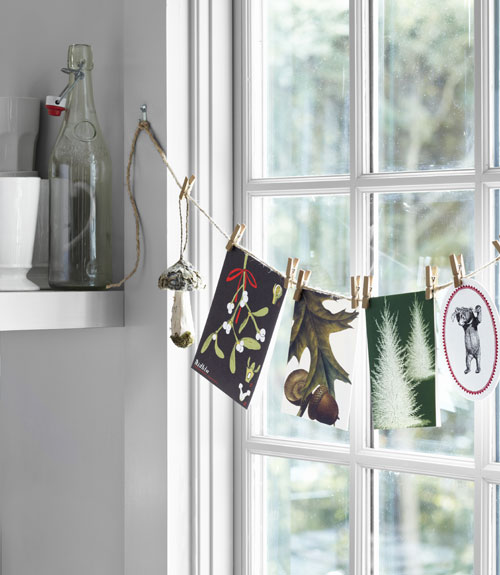 Christmas Decorations For Home Windows: Rustic Christmas Decorating Ideas