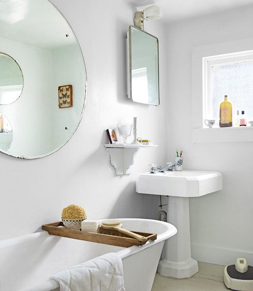 . 27 White Bathrooms   Decorating with White for Bathrooms