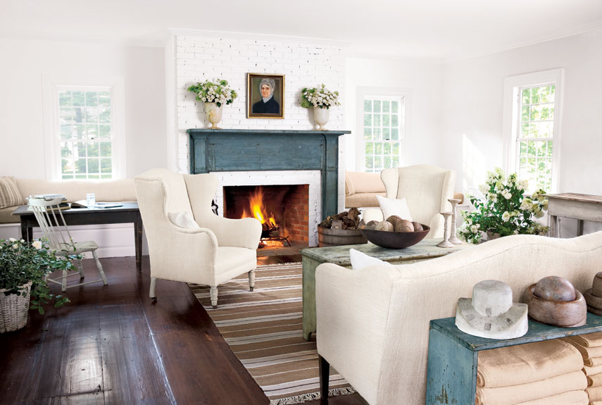 living room with white furniture - Decorating Ideas For Living Rooms With Fireplaces