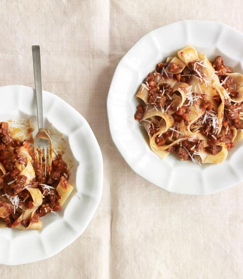 Beef red wine pasta recipe