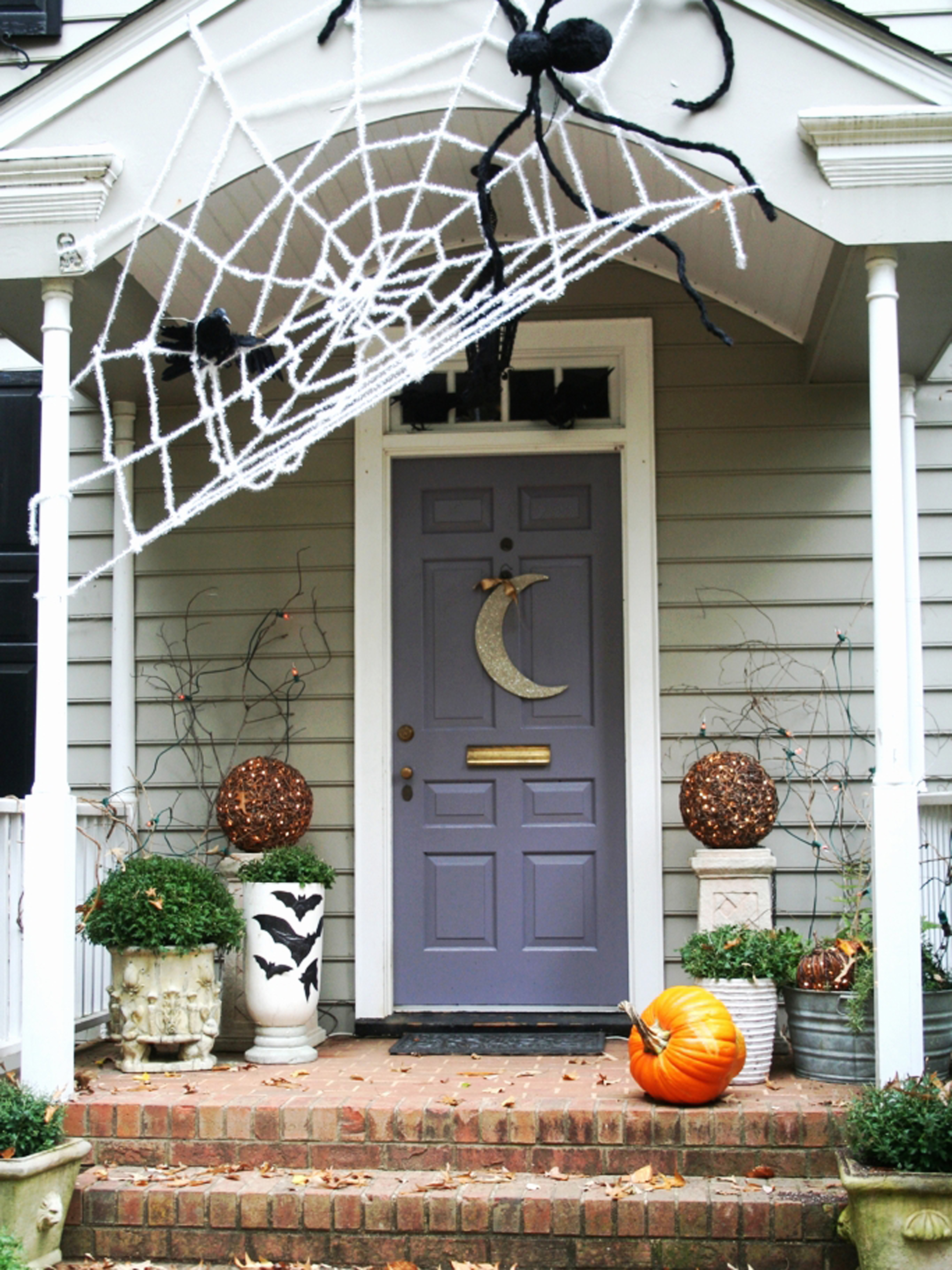 35 best outdoor halloween decoration ideas easy halloween yard and porch decor - Halloween Ideas For Home