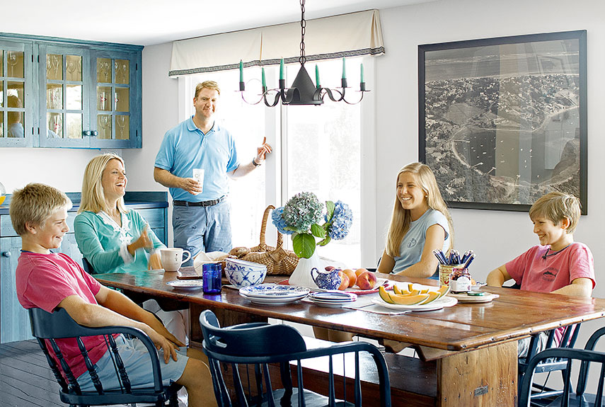 Image: Martha MacCallum with heer family in her Cape Cod home