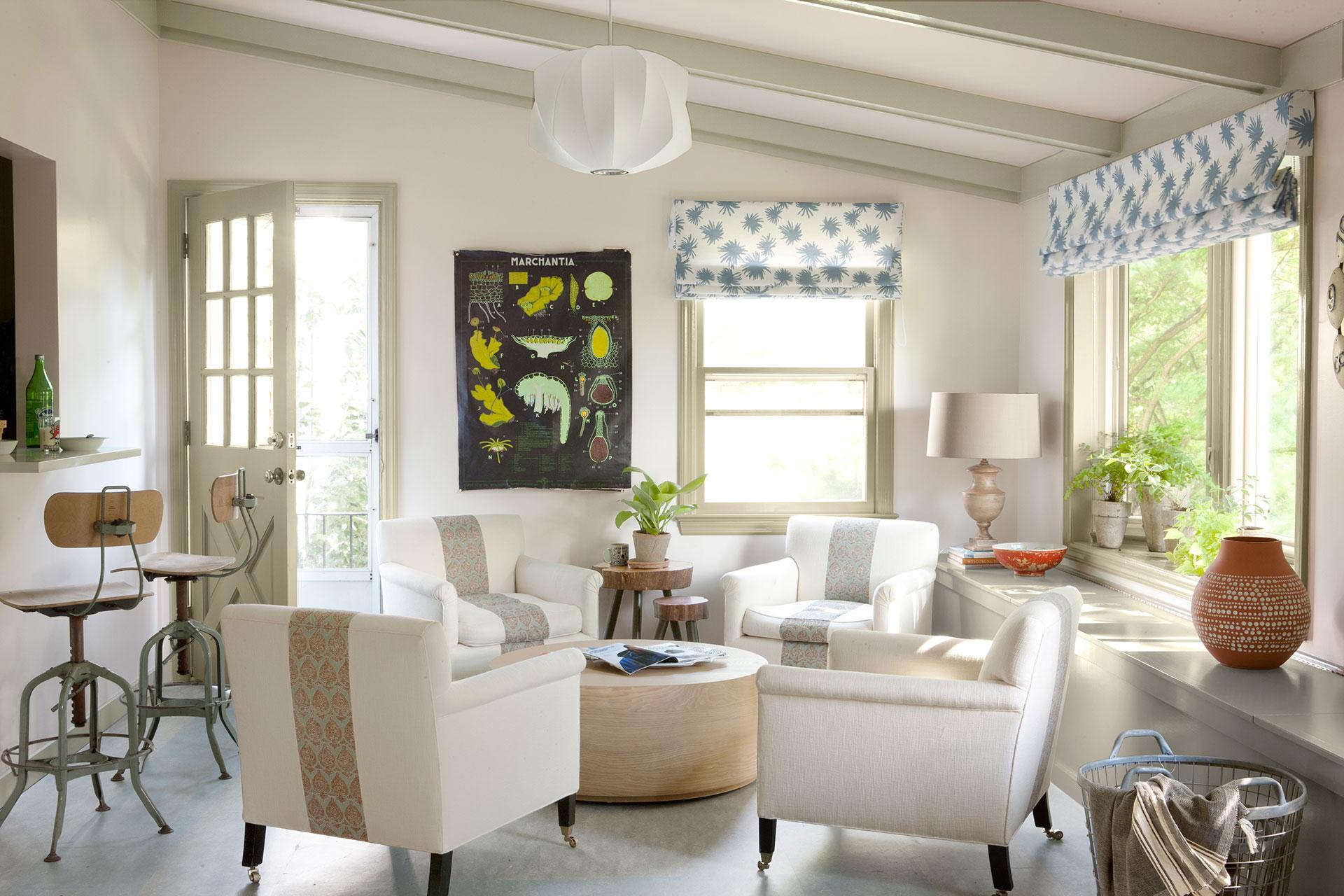 Sara Story Massachusetts - Interior Designer Decorating Ideas