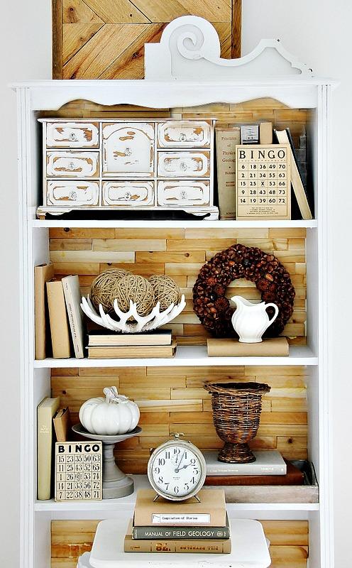 Easy Inexpensive Bookshelf Makeover