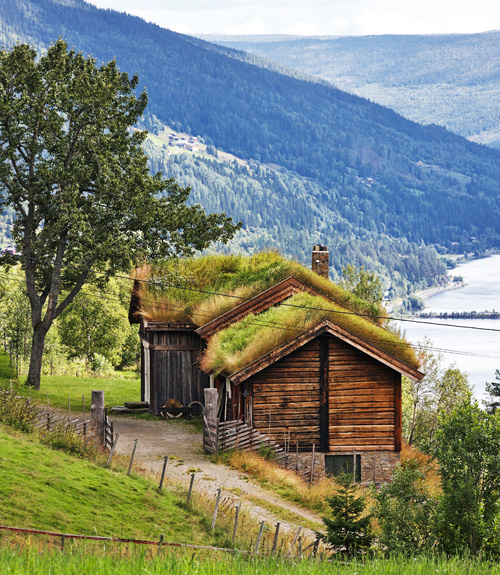 What country living looks like in norway for Homes cottages magazine