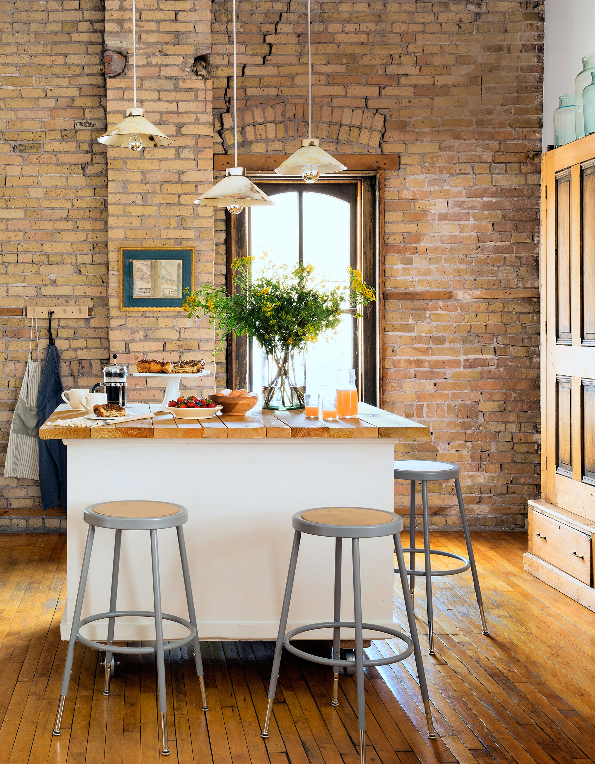 Minneapolis Boutique Owner Anna Hillegass Gives New Meaning To Living Above  Her Means.
