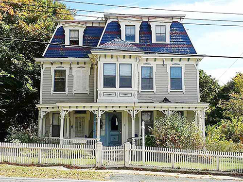 dollhouses for grownups 10 enchanting victorian houses for sale - Victorian Home