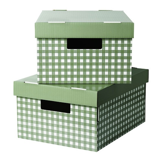 decorate with gingham easy summer party ideas. Black Bedroom Furniture Sets. Home Design Ideas