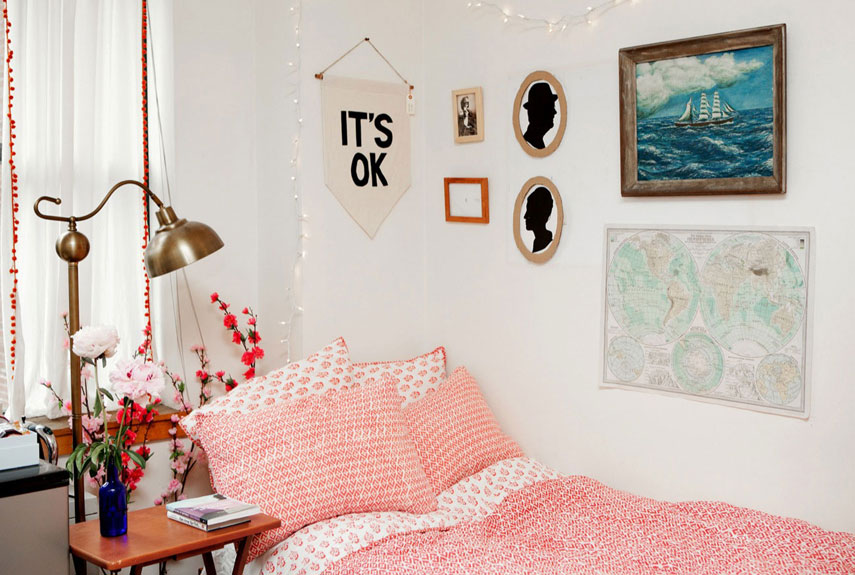 Dorm Room Decor  Dorm Decorating Ideas ~ 152346_Dorm Room Ideas Wall
